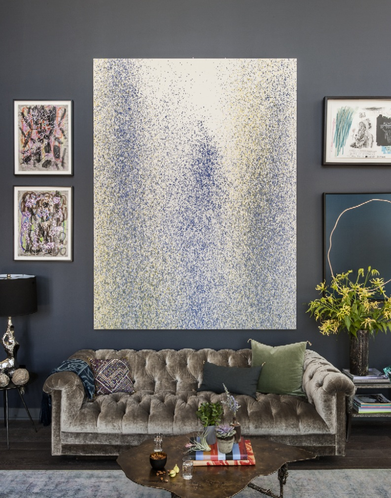 Living-room-with-statement-sequin-effect-artwork-Matthew-Williams-LE0314