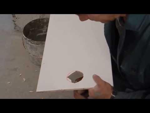 Простой способ вырезания отверстий в керамической плитке