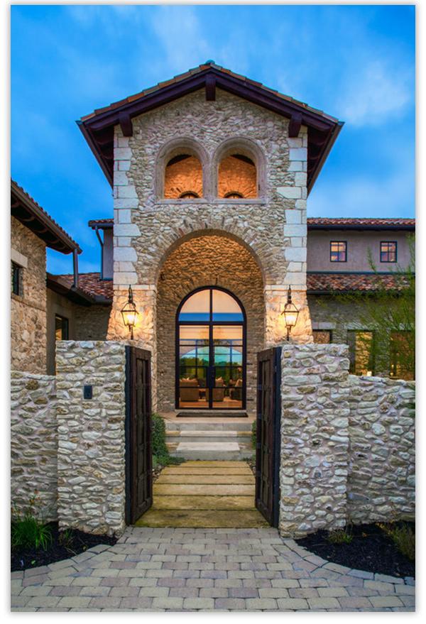 крыльцо для частного дома из камней