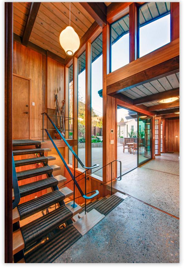 крыльцо дома деревянное