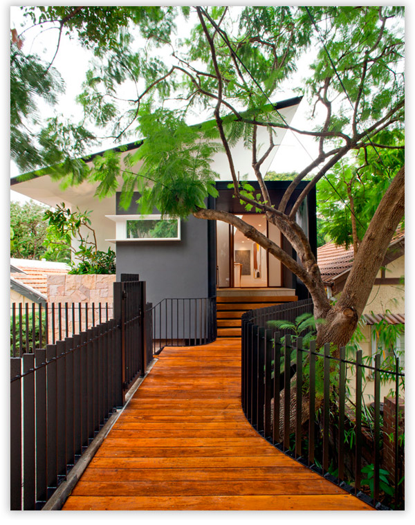 крыльцо для дома из дерева