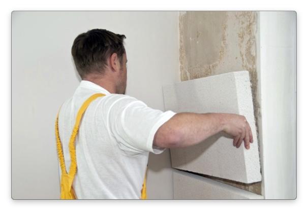 утеплить кирпичную стену пенопластом