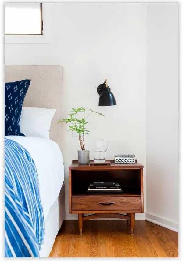 прикроватная тумба для спальни